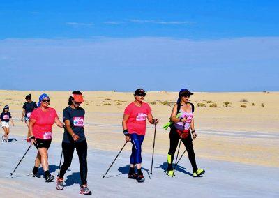 Epreuve marche nordique dans le désert